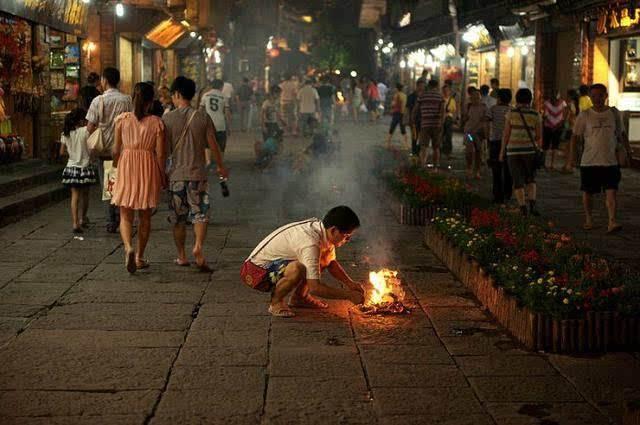 什么是中元节,鬼节的来历,七月半盂兰盆禁忌
