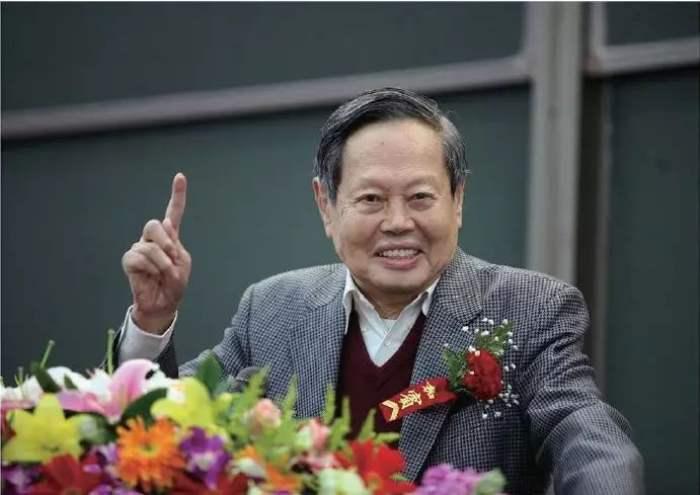 杨振宁先生